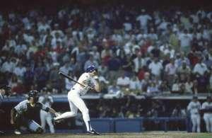 Baseball 1988 World Series Game 1: Los Angeles Dodgers Kirk Gibson #23 in action hitting game winning HR vs Oakland A's Dennis Eckersley. Los Angeles 10/15/88 Credit: Heinz Kluetmeier SetNumber: X37264 TK1 R25 F35